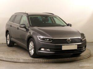 Volkswagen Passat kombi, rok 2016
